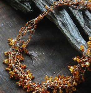 amber-beaded-necklace